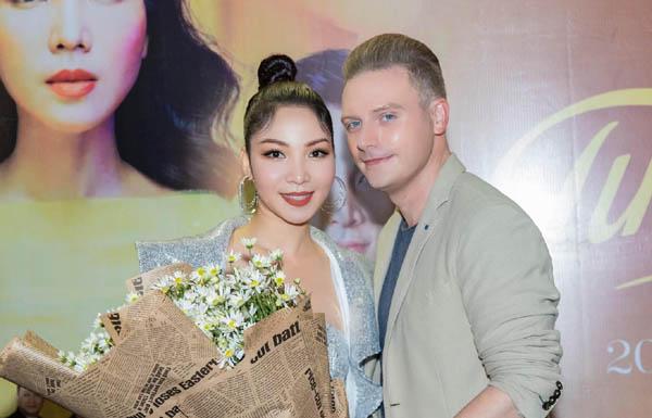 Khánh Loan: Đêm nhạc riêng để thỏa niềm đam mê