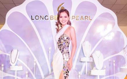 Hoa hậu Nguyễn Ngọc Xuân Mai xuất hiện rạng rỡ tại chung kết Hoa hậu Hoàn vũ Việt Nam 2019