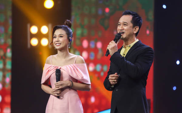 Bác sĩ sáng tác bản hit cho Đàm Vĩnh Hưng, Tuấn Ngọc bất ngờ khoe giọng hát tại 100 giây rực rỡ