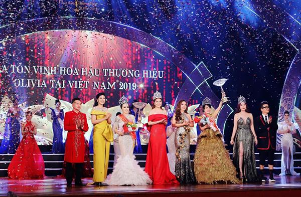 Doanh nhân Ngô Mai Thanh trở thành Hoa hậu Thương hiệu Olivia 2019 tại Việt Nam
