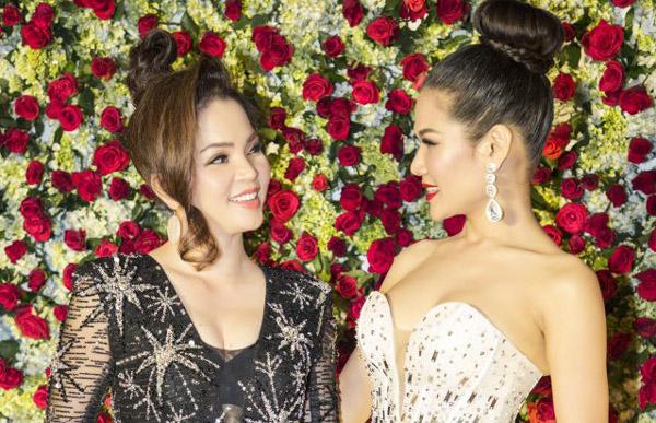Nhan sắc thu hút của Hoa hậu Anh Thư và hoa khôi Hương Hoàng tại sự kiện