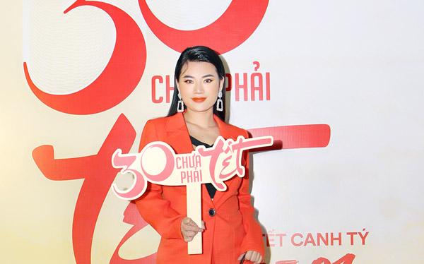 """Diễn viên Như Lê nổi bật trong đêm ra mắt phim """"30 Chưa phải Tết"""""""
