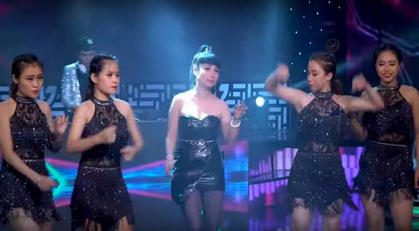 """Nghệ sĩ Uyên Thảo """"đốt cháy"""" sân khấu với loạt remix liên khúc"""