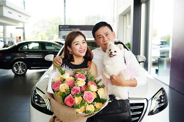 Xếp hộp 5 tỉ của vợ chồng diễn viên hài Kiều Linh - Mai Sơn