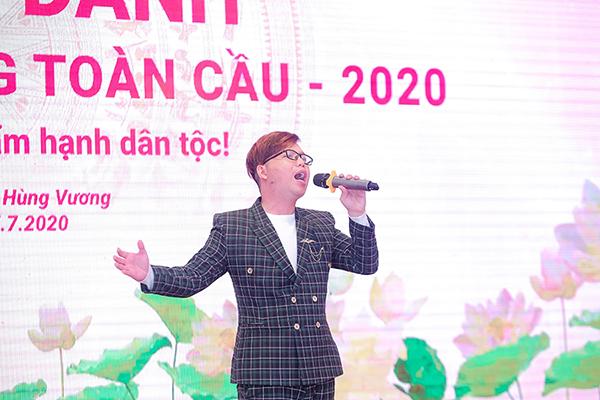 Đạo diễn Holy Thắng thắp lửa tự hào sử Việt đến quán quân viết về ngày Quốc Tổ Việt Nam toàn cầu 2020