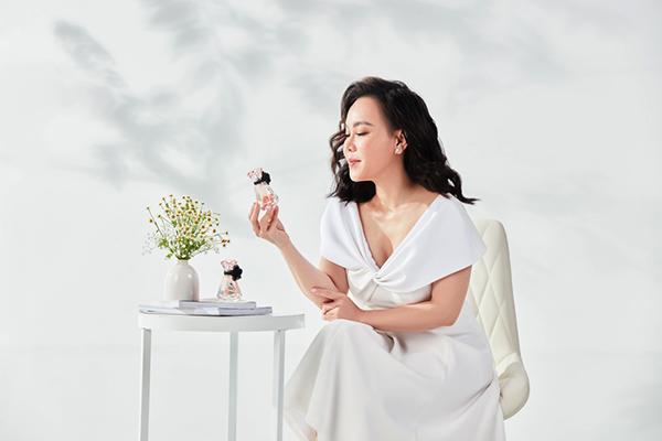 Nghệ sĩ Việt Hương với nhan sắc mới trong bộ ảnh thời trang