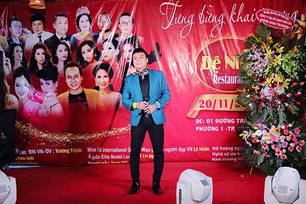 Trường Thịnh làm chương trình biểu diễn ra mắt nhà hàng Đệ Nhất tại Vũng Tàu