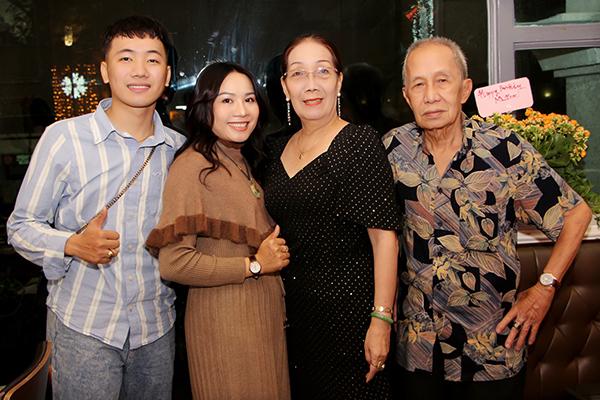 Lê Phạm – Chủ tịch Lê Phạm Group đón sinh nhật ấm áp bên gia đình và người thân.
