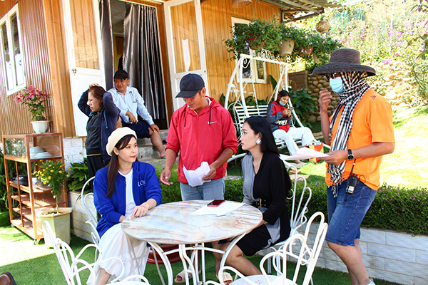 Đạo diễn Quyền Lộc bắt đầu 'Thả lưới bắt em' tại Đà Lạt