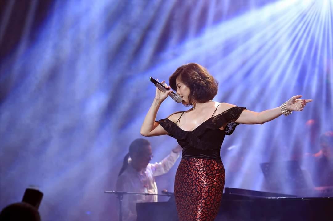 Hồ Lệ Thu Marilyn Monroe Việt Nam,  đêm nhạc 'Xa vắng tiếng dương cầm' đầy cảm xúc