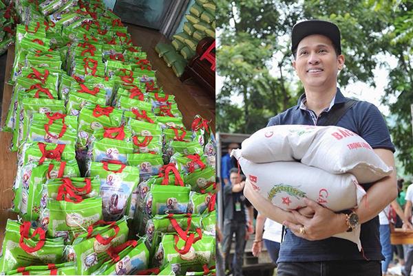 Ca sĩ Nguyên Vũ góp gạo trong mùa dịch giúp hoàn cảnh khó khăn