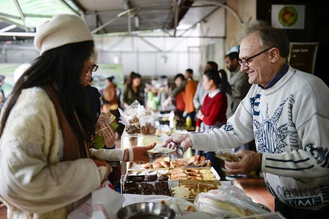 'Chợ Tây' giữa lòng Hà Nội