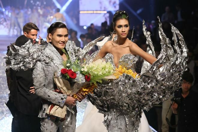 Nguyễn Oanh - Quang Hùng cùng đăng quang VNTM