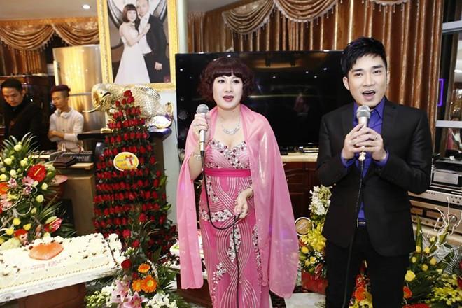 Quang Hà hát sinh nhật đại gia Thái Bình cát-xê 450 triệu
