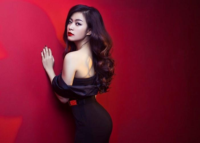 Hoàng Thùy Linh bất ngờ bị xóa tên khỏi 'The Remix' sát giờ thi