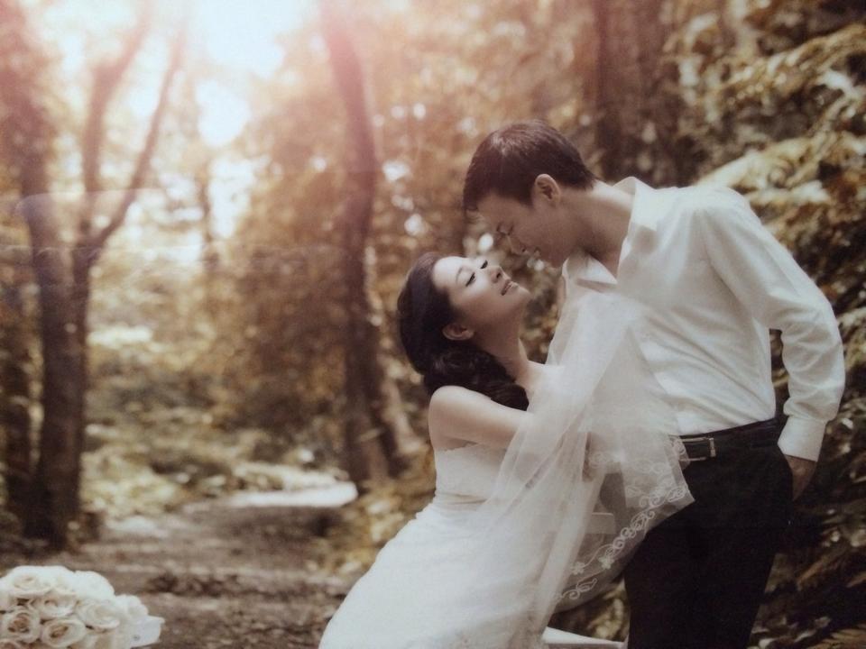 """Lộ ảnh cưới hiếm hoi của """"Thị Mầu"""" Thanh Thanh Hiền và con trai Chế Linh?"""