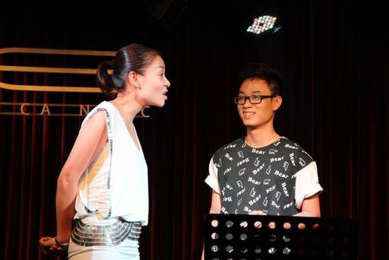 Những vụ trò tố thầy ồn ào của showbiz Việt