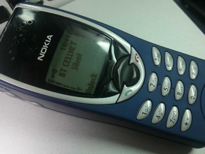 Nokia 8210 được các trùm ma túy ở Anh săn lùng