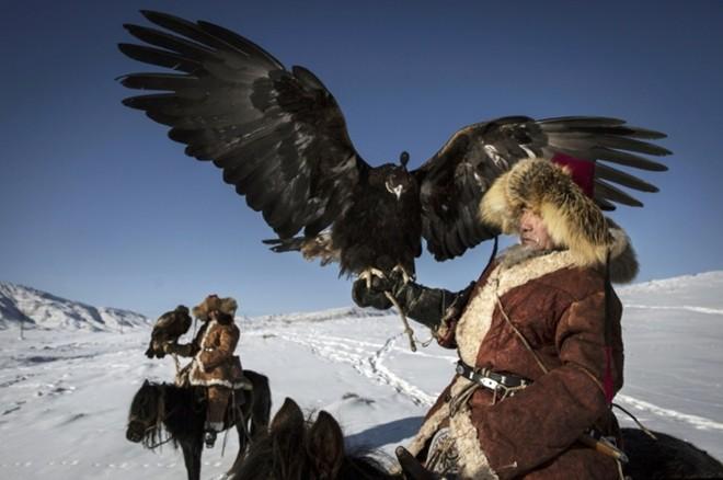 Lễ hội đi săn cùng đại bàng trên thảo nguyên Tân Cương