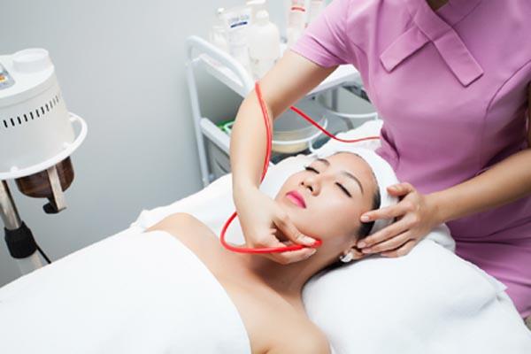 Thea Clinic dùng công nghệ PRP trị sẹo hiệu quả