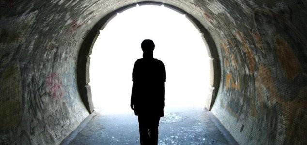 Người từng trải qua cảm giác sắp chết gần 1.000 lần