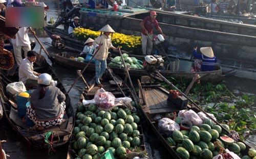 Chợ nổi Cái Răng những ngày giáp Tết