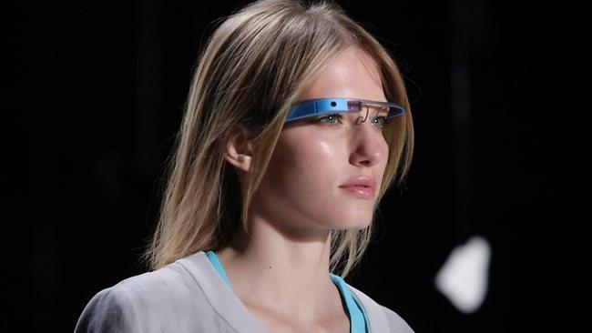 Google đang phát triển kính thông minh thế hệ tiếp theo