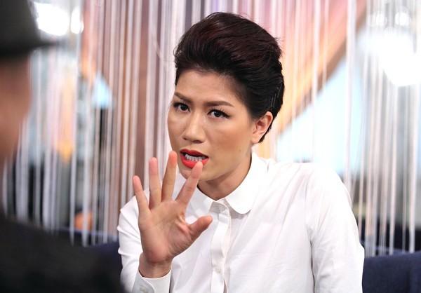Tạm giữ hình sự cựu người mẫu Trang Trần