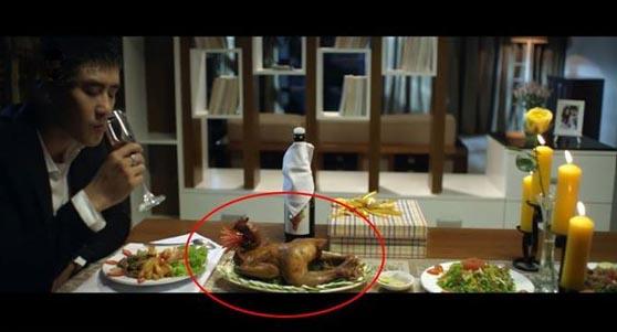 """Dân mạng """"cười bò"""" vì nhặt được sạn trong MV mới của Hương Tràm"""