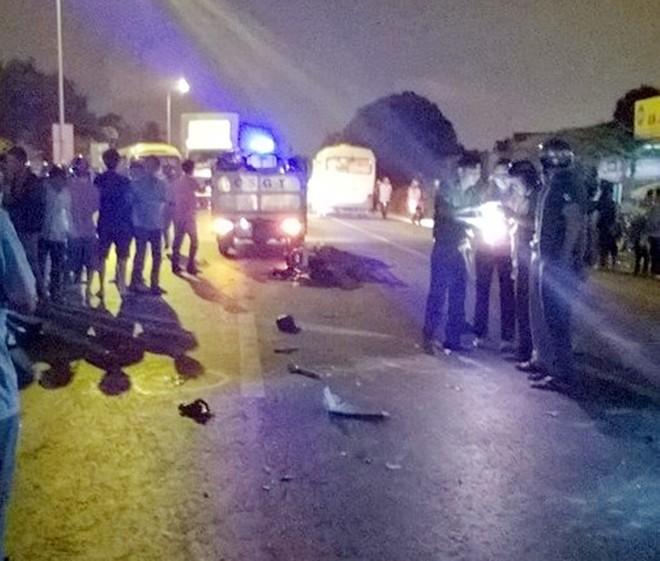 Tông trực diện xe khách, 3 thanh niên nam nữ thiệt mạng