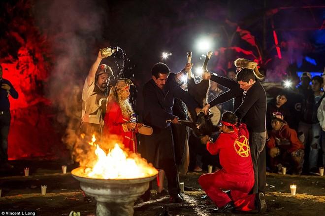 Lễ hội giết dê, gà để tế quỷ ở châu Mỹ