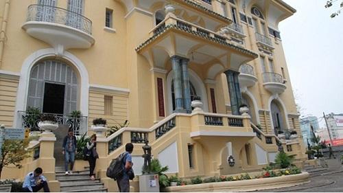 Đại gia có 20 ngàn căn nhà mặt phố Sài Gòn