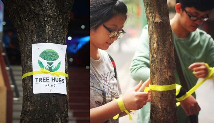 Giới trẻ Hà Nội buộc nơ vàng thể hiện tình yêu cây