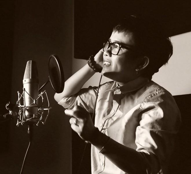 Phương Uyên thực hiện live show 20 năm ca hát, sáng tác