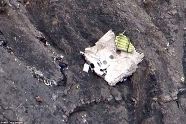 Máy bay Đức rơi ở Pháp: Hộp đen bị hư hại