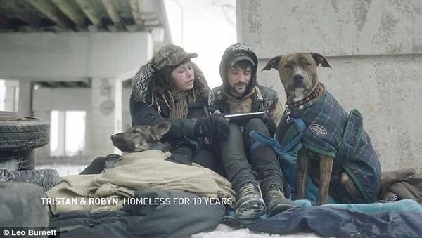 Khi người vô gia cư đọc những dòng twitter ác ý về chính mình