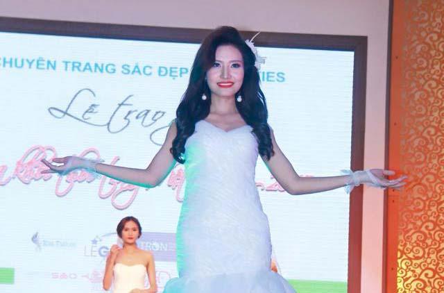 Dương Hiểu Ngọc giành ngôi vị Á khôi 2 chung kết Hoa khôi Thời trang Việt Nam 2015