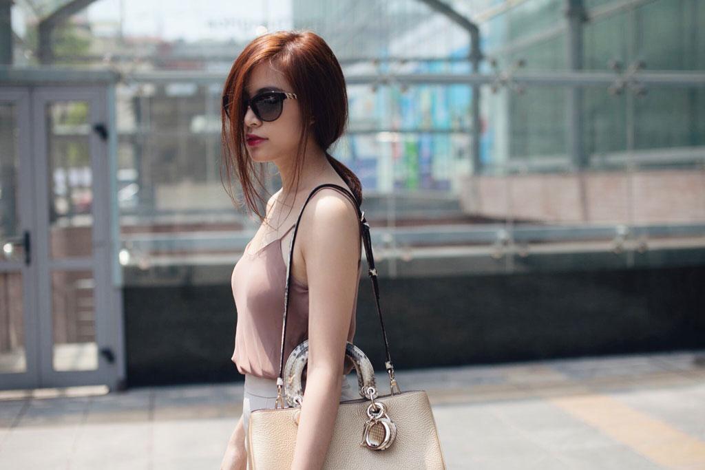 Hoàng Thùy Linh quyến rũ với thời trang mùa hè