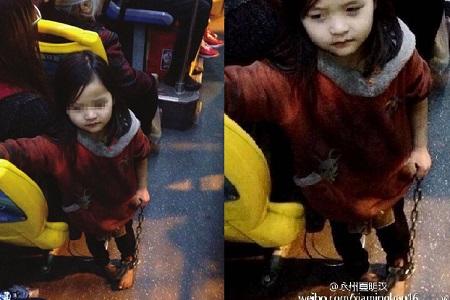 Em bé 4 tuổi bị xích 2 chân khi đi xe buýt dậy sóng dư luận