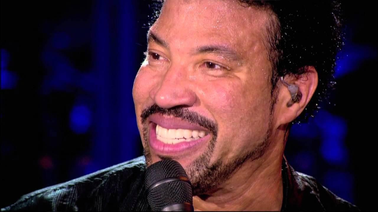 'Hello' – Ca khúc được yêu thích nhất của Lionel Richie