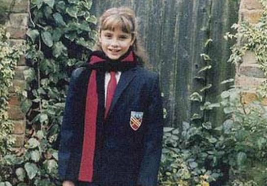 Thời thơ ấu sành điệu của Victoria Beckham