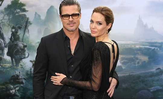 Angelina Jolie và Brad Pitt đến Syria nhận con gái nuôi?