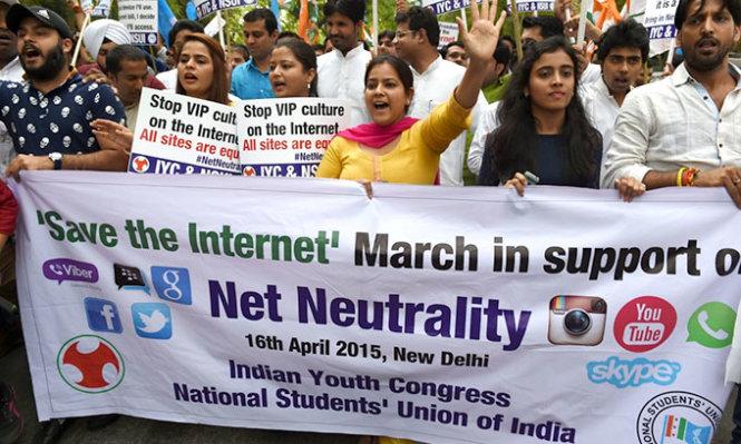 Internet miễn phí bị phản đối