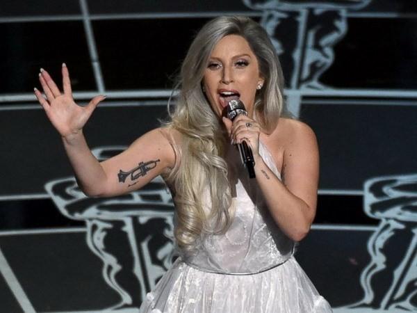Lady Gaga được trao giải 'Thần tượng đương đại'