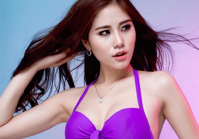 Hoa khôi Thời trang Hoàng Hạnh nóng bỏng bikini bảo vệ biển