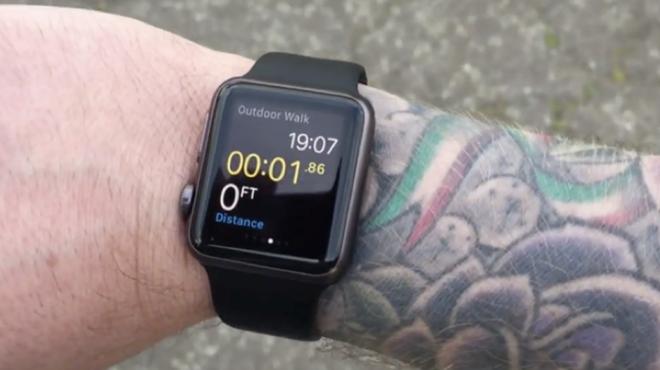 Apple xác nhận Watch 'gặp sự cố' với hình xăm