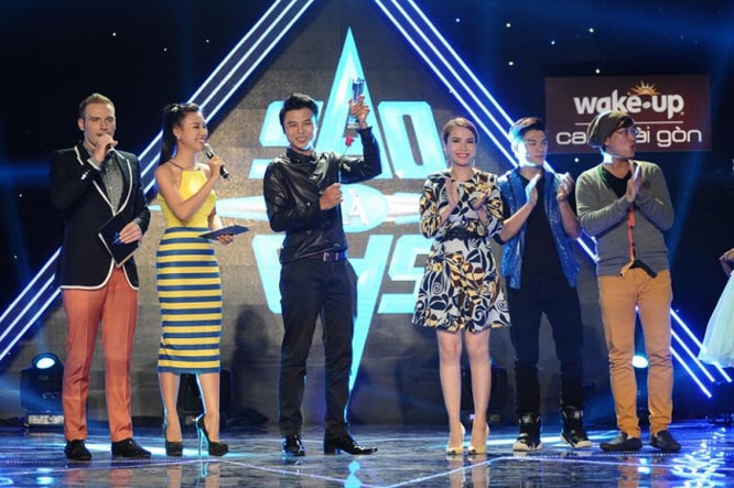 Võ Minh Lâm vượt mặt ca sĩ nhạc trẻ giành giải nhất