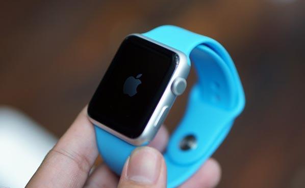 Loạn giá Apple Watch tại Việt Nam