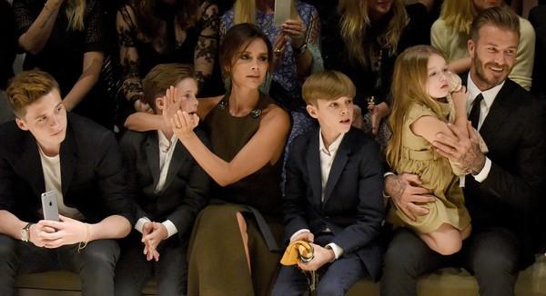 """Cảm động trước bức thư Victoria Beckham gửi các con nhân """"Ngày của Mẹ"""""""