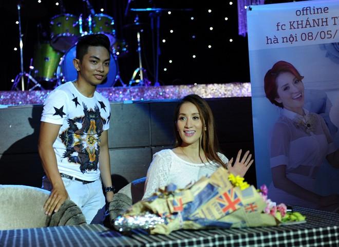 Phan Hiển âm thầm chăm sóc Khánh Thi tại Hà Nội